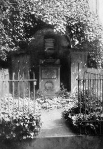 Grab von Wilhelm Goes (1789-1849) um 1912.
